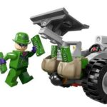 LEGO-Super-Heroes-76012-Batman-The-Riddler-Chase-0-4