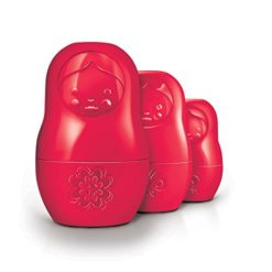 Fred-and-Friends-SALT-M-Matryoshka-Salt-and-Pepper-Shakers-0
